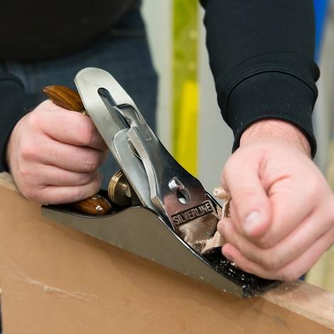 Cepillo manual para madera