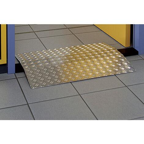 Rampe PMR de franchissement de barres de seuils de portes