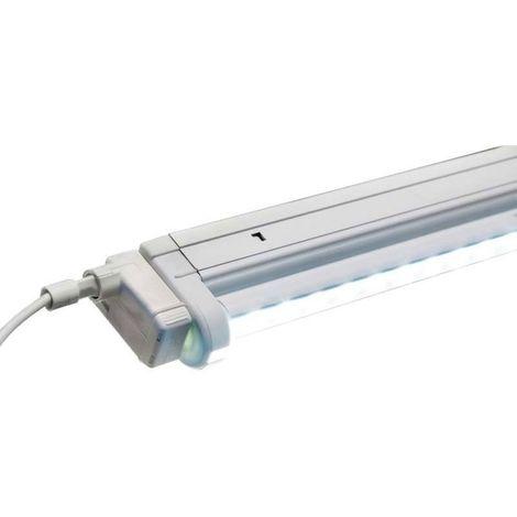 Réglette à tube led orientable - : - Puissance : 10 W - : - Fixation : Sous tablette - Couleur de la lumière : Blanc neutre - Indice de protection : IP 20 - Décor : Argent - Type d'éclairage : LE