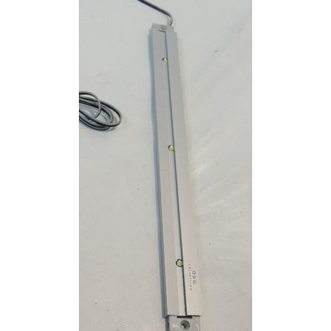 Reglette LED 3X1W 300mm 8X25mm blanc froid 6400K alim 12V 350mA (non fournie) corps alu précablé 0.5m SHELF TRAJECTOIRE 492120