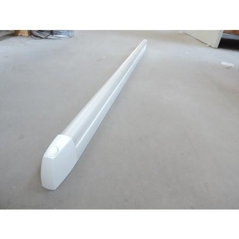 Réglette SDB fluo 36W avec tube G13 4000K 1350lm avec inter polycarbonate opale EO 1303X46X69mm IK07 IP44 SLIMEO EBENOID 055436