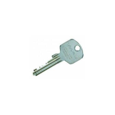 Reproduction de clé modèle Tara 16, marque CARMINE. - CARCL014.