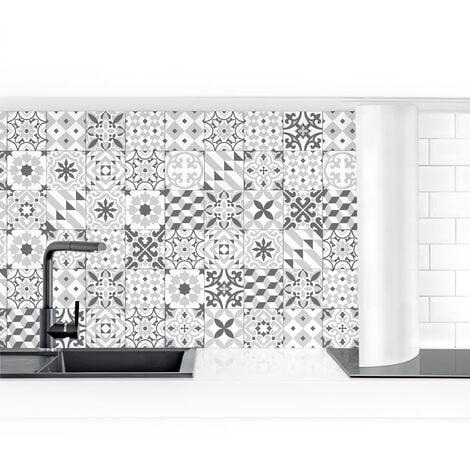 Revestimiento pared cocina - Geometric Tiles Mix Gray Dimensión LxA: 50cm x 50cm Material: Smart