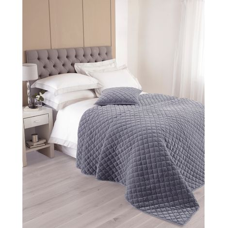 Riva Home Annecy Bedspread