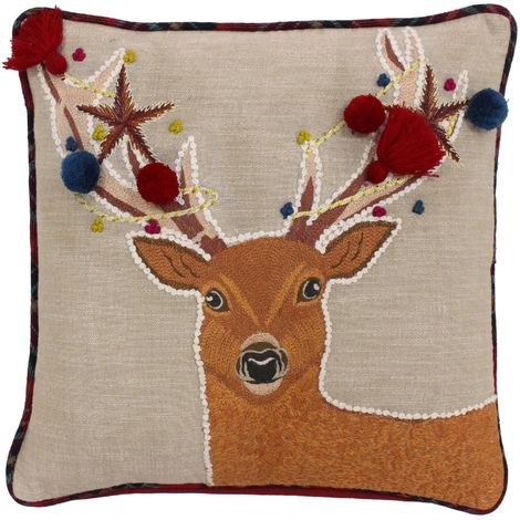 Riva Home Artisan Christmas Stag Design Feather Filled Cushion (45 x 45cm) (Multicoloured)