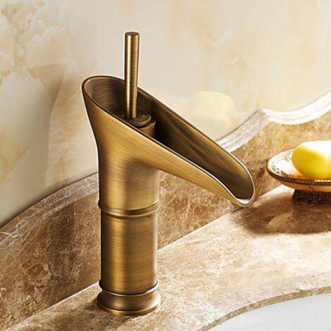"""main image of """"Robinet de lavabo avec bec verseur cascade, fini en laiton pour un style antique"""""""