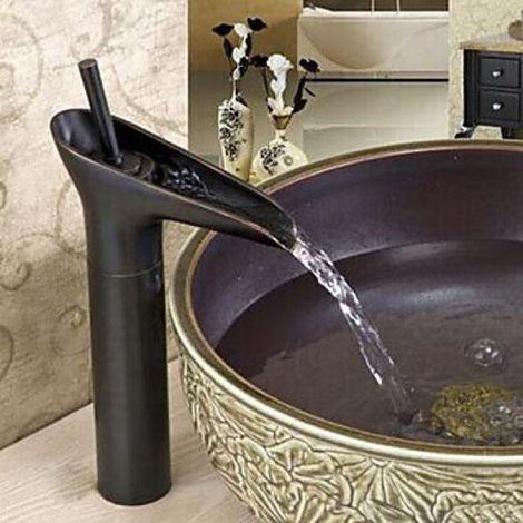 Robinet d'évier cascade, design antique avec finition en bronze huilé