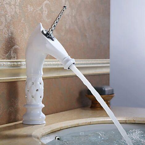 Robinet salle de bain peint en blanc, avec design en forme de licorne finition en céramique