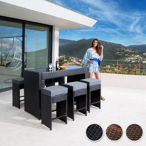 Conjunto de muebles de jardín con taburetes