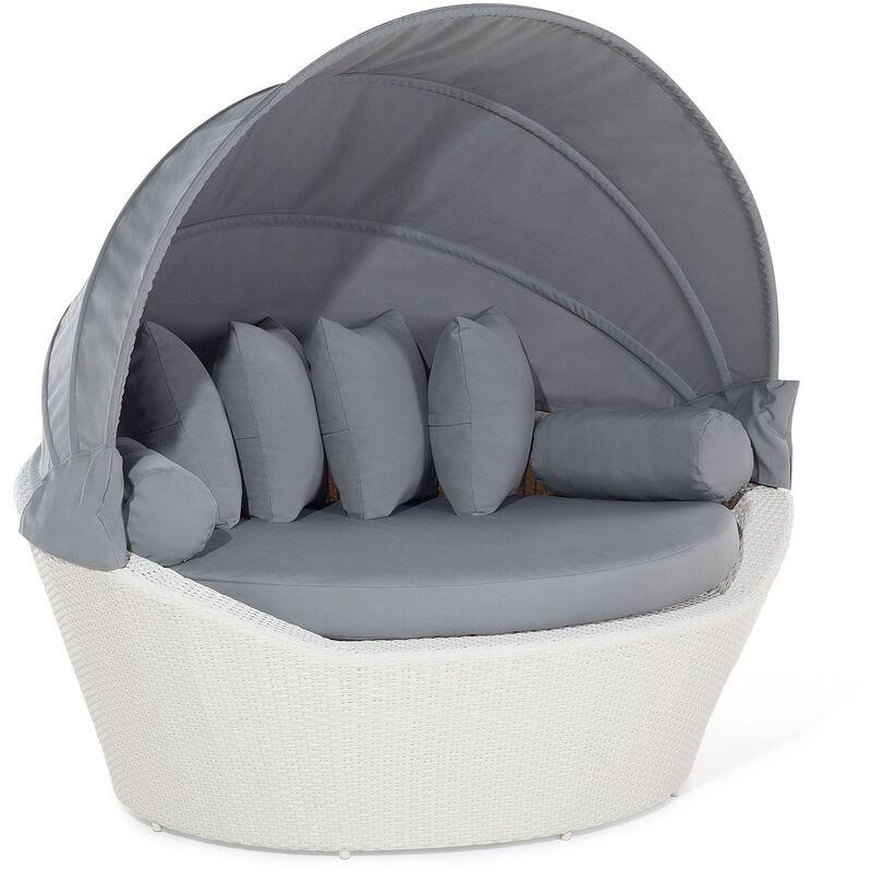 Beliani - Salon de jardin en rotin blanc en forme de panier SYLT