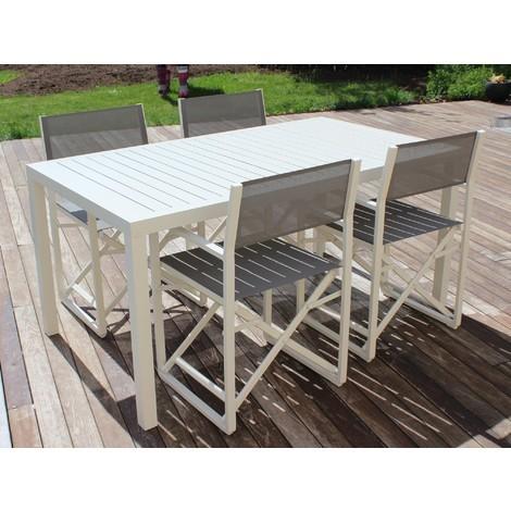 salon de jardin table rectangulaire avec lattes chaises. Black Bedroom Furniture Sets. Home Design Ideas