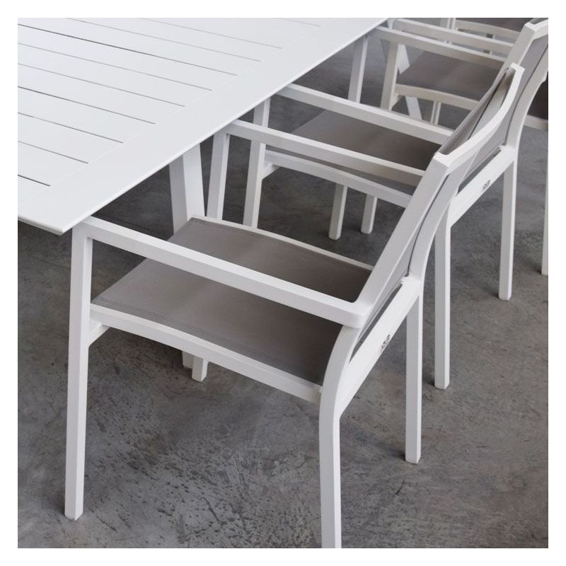 Salon Ofanto table 200/300 alu blanc + 8 chaises Brian