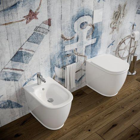 Sanitari bagno Bidet e Vaso WC filomuro a terra in ceramica con sedile coprivaso softclose. Genesis