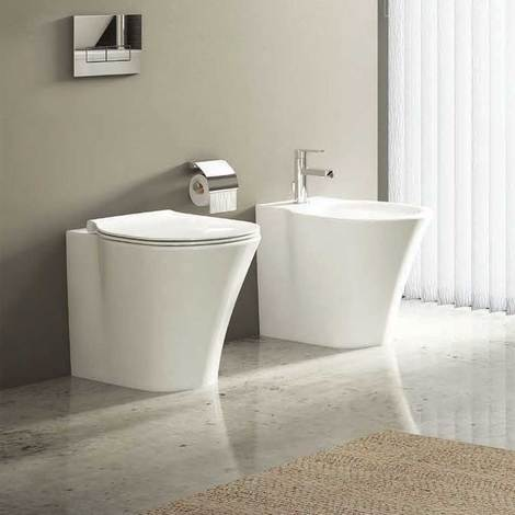 Sanitari Filo Muro Ideal Standard Connect Air AquaBlade con scarico traslato e Sedile soft close