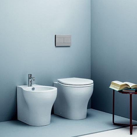 Ceramica Azzurra Serie Full.Sanitari Filoparete Ceramica Azzurra Vera 48 Wc Bidet Sedile Soft Close