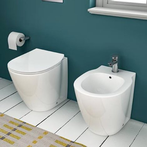 Sanitari Filo Muro Ideal Standard.Sanitari Filoparete Con Profondita Ridotta Ideal Standard Connect Space Wc Bidet Sedile
