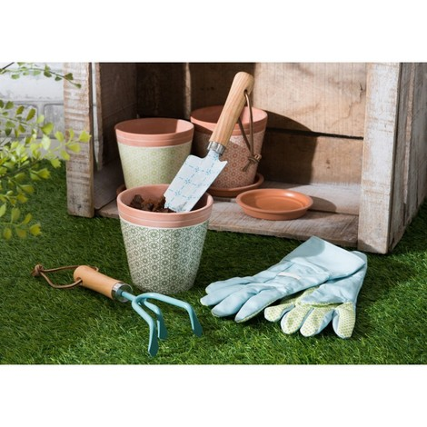 Set de jardinage, pelle, ràteau, une paire de gant, ciment