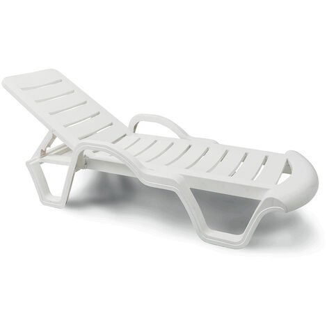 Set of 18 Professionals Plastic Sun Loungers for Pools and Resorts