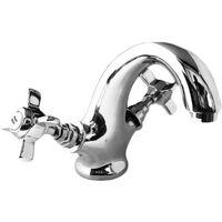 Mostra grossi rubinetti