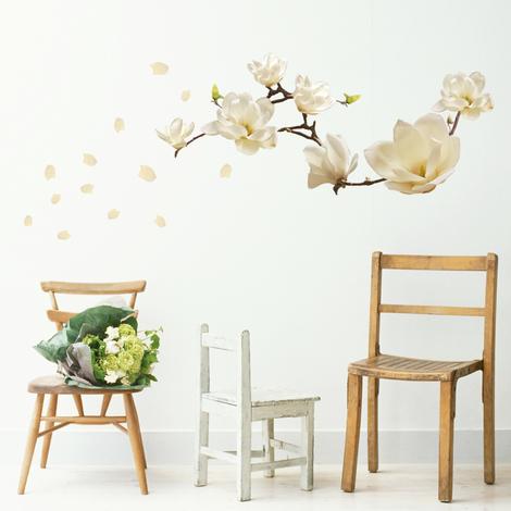 Small White Magnolia - 107cm x 42cm