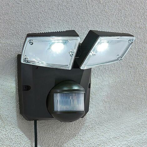 Solar Lights with Sensor 'Ignaz' (modern) in Black (2 light sources, A+) from Lindby