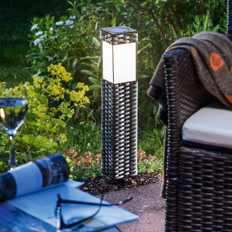Solarleuchte Rattan warmweiß Standleuchte Gartenleuchte Solarlampe esotec 102073