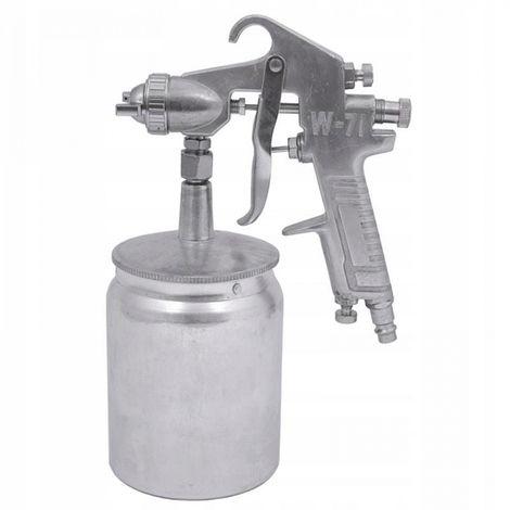 Spray gun for painting the bottom tank