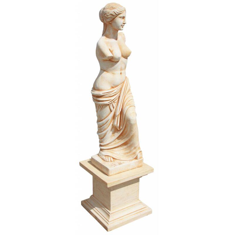 Statue Gretta Dame avec piédestal 42x42x206cm. Pierre reconstituée Ocre