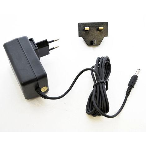 Stromversorgung MW7F08 800MA 12V mit Steckdosen EU und UK