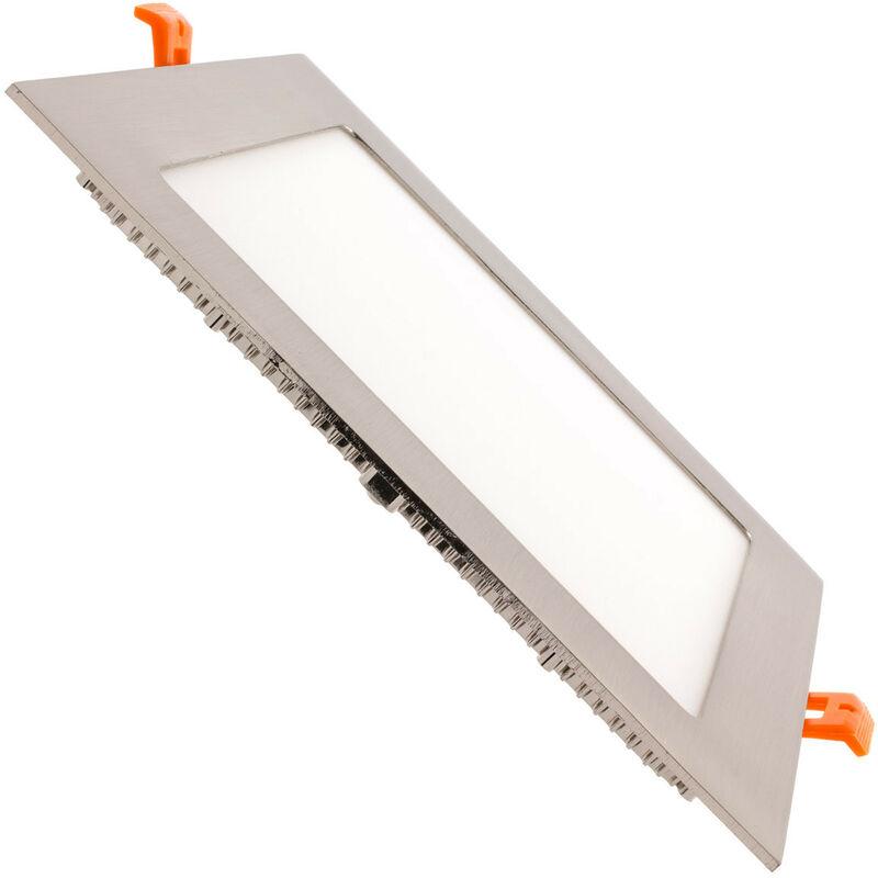SuperSlim LED Quadrata 18W Cornice Argento Foro 205x205 mm Bianco Caldo 2800K - 3200K