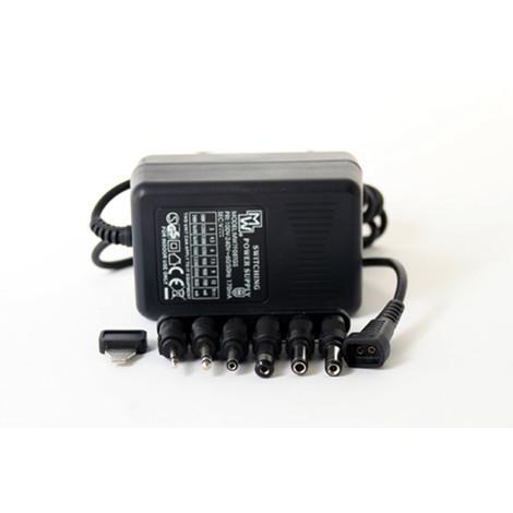 Switching power supply 100 à 240/3 à 12V 10W 1A maxi +6 plugs