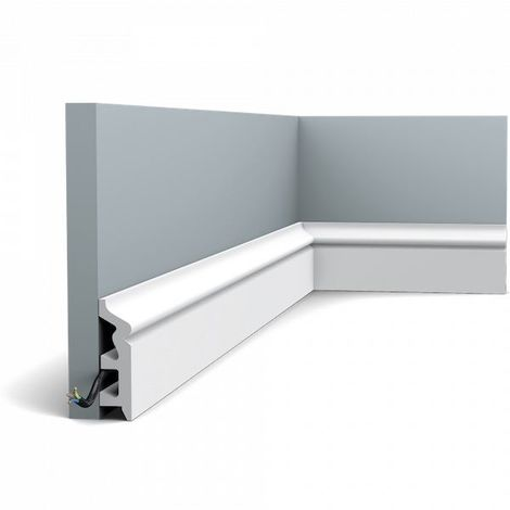 SX122 Skirting Moulding