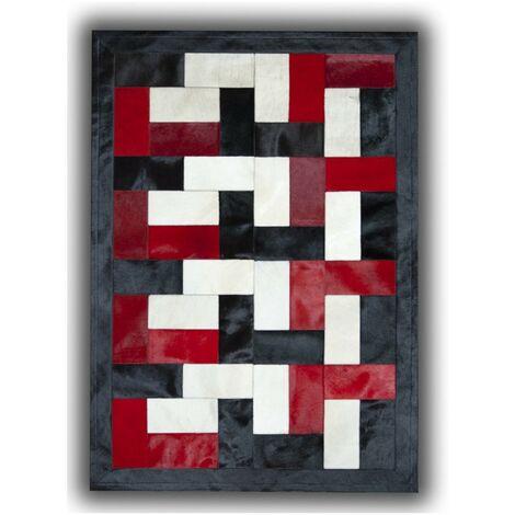 Tapis noir, blanc et rouge sur peau de vache patchwork Ceuta Noir 180x240 - Noir