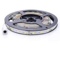 Tira de Luz LED IP20 LED Strip Blanco 5M(16.4 ft) SMD2835 300 LEDs + Adaptador de Alimentación + Mando a Distancia
