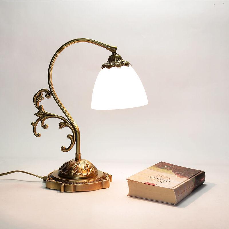 Tischleuchte Beatrice Messinglampe Glasschirm - LICHT-ERLEBNISSE
