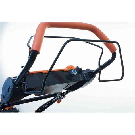 Avance por empuje manual o autopropulsado del cortacésped
