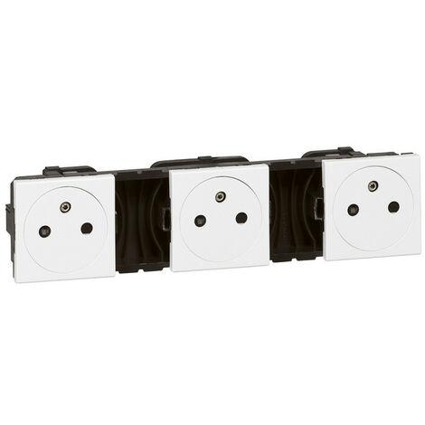 Triple prise de courant 2P+T Surface précâblées Mosaic 3x2 modules blanc (077136)