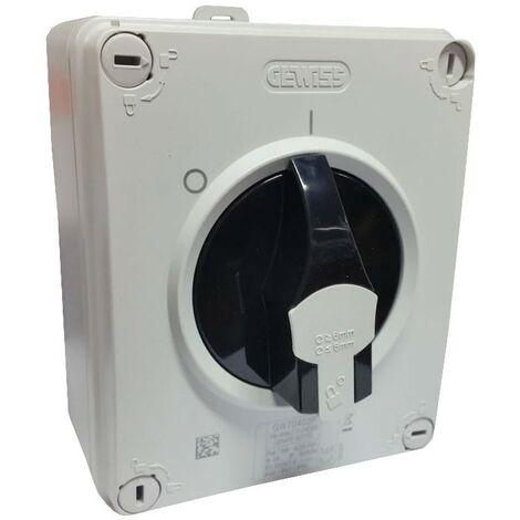 Un interruptor Giratorio Gewiss HP 3X16A de la pared de IP65 GW70402P