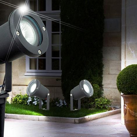 Un lampadaire en aluminium noir pour l'espace extérieur - 103103