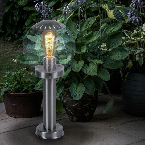 Un lampadaire extérieur en forme d'une boule transparent - 3181