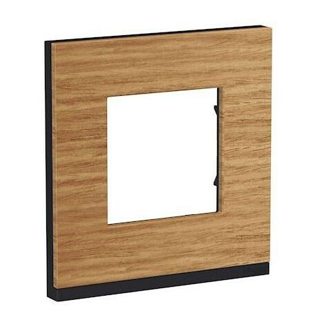 """main image of """"Unica Pure - plaque de finition - Chêne liseré - 1, 2, 3 ou 4 postes"""""""