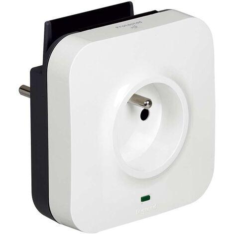 USB chargeur 1x2P+T F/B+2xUSB Support téléphone Parafoudre 1m micro USB - Legrand