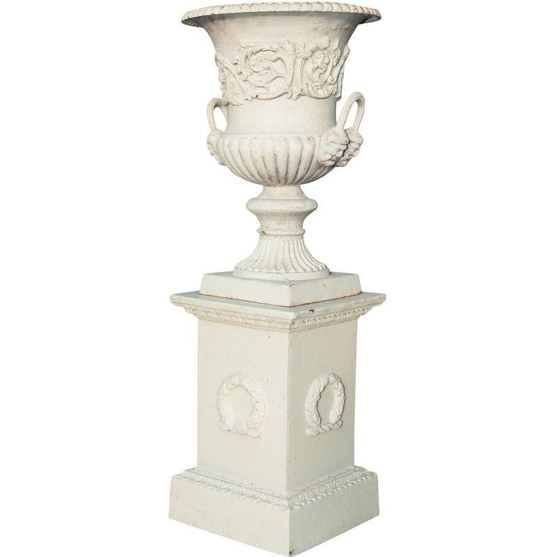 Vaso de tama¤o diam. 44Xh 62 cm con pilar L45xPR45xH110 cm en hundici¢n de hierro