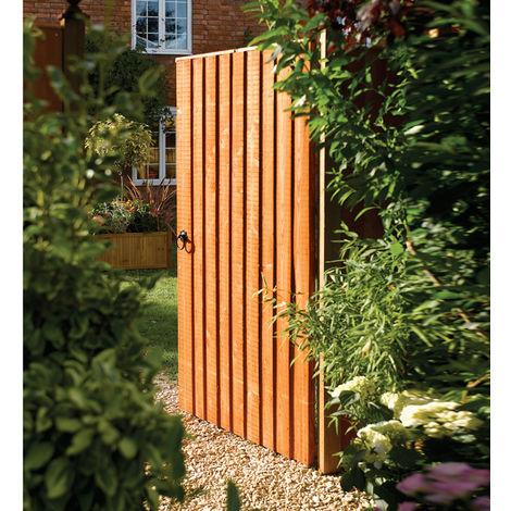 Vertical Board Gate 6x3 Dip Treated