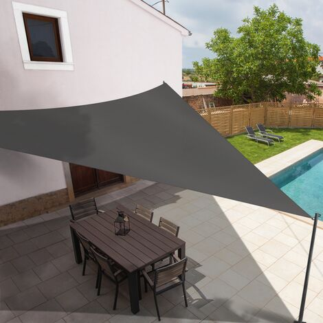 Voile d'ombrage triangulaire 5x5x5 M gris