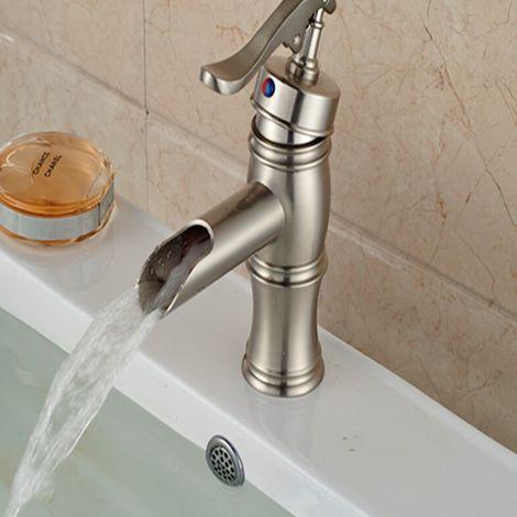 Waschtisch-Armatur, Einhebelarmatur, schlichtes, modernes Design in gebürstetem Nickel