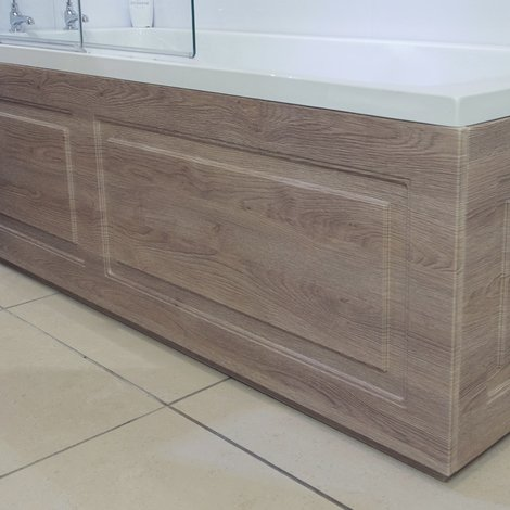 Windsor Traditional Oak 1700mm Front Bath Panel with Plinth