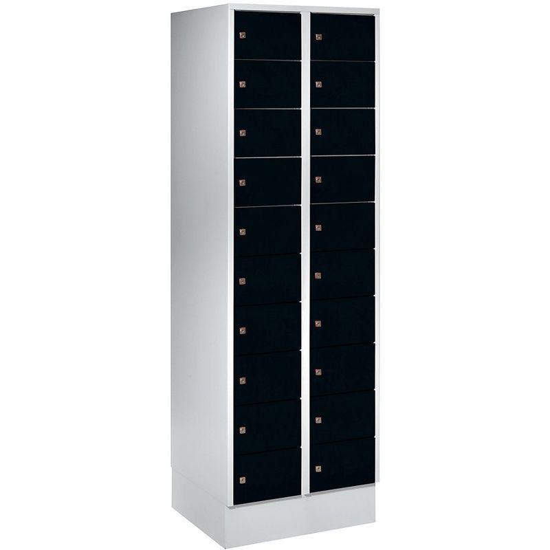 Certeo - Wolf – Armoire à petits casiers - 20 casiers, h x l 1800 x 600 mm - coloris portes noir profond RAL 9005 - Coloris des portes: noir profond