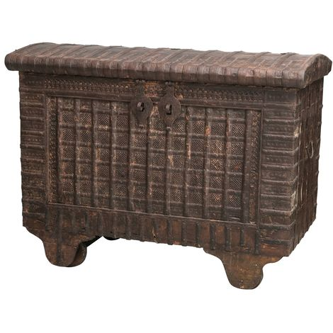 Wooden and iron coffer L135XD74XH105 CM