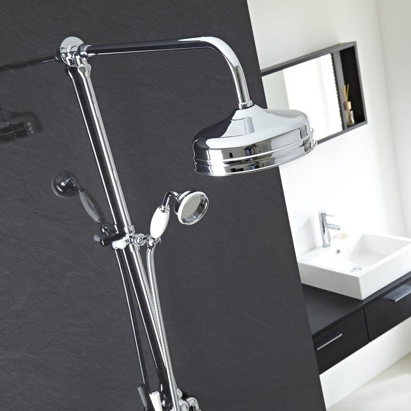 Set doccia con colonna tradizionale soffione fisso e - Doccia con soffione e doccetta ...